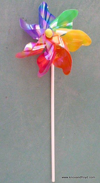 Windmills - 20cm Rainbow